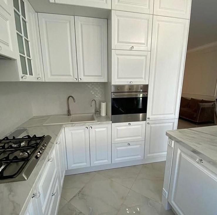 Белая кухня 3