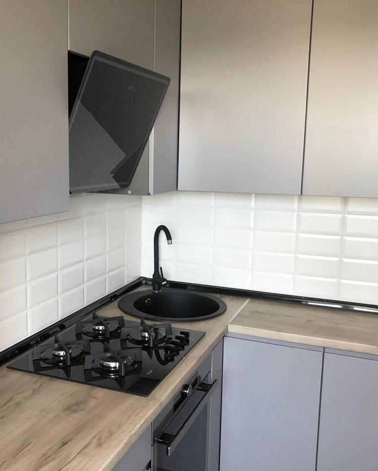 Дизайн маленькой кухни. Как разметить необходимый набор кухонной техники на небольшой площади 5