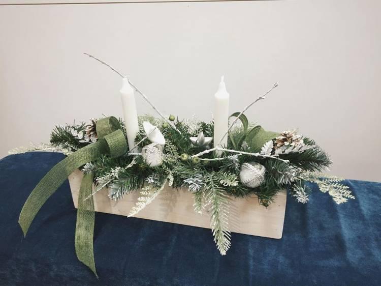 Новогодний декор своими руками. Венок из пробок, композиция со свечами, ваза с букетом их шишек - выбирать вам 4