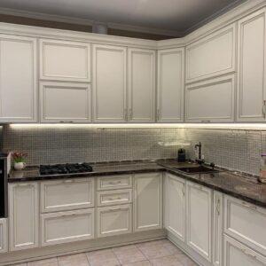 Біла кухня.  Самостійне здійснення в реальність.